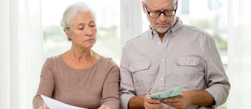 The Financial Pros and Cons of Getting Married Later in Life
