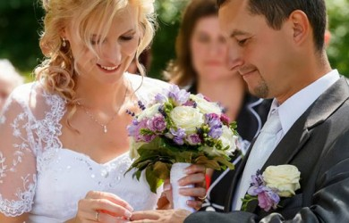 5 Basic Marriage Vows That Will Always Hold Depth & Meaning