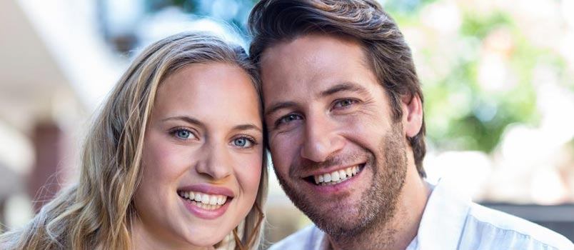 neighbours co stars dating