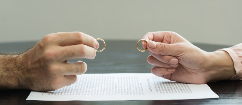 5 Errors to Avoid if You're Planning a Do-It-Yourself Divorce